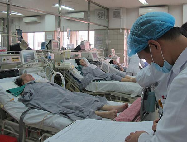 Nhiều bệnh nhân phải nhập viện trong mùa nóng do tai biến đột quỵ